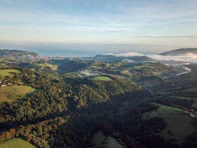 Maison dans les collines du Basque de surf 70€