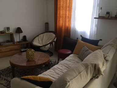 Room in house ares €30