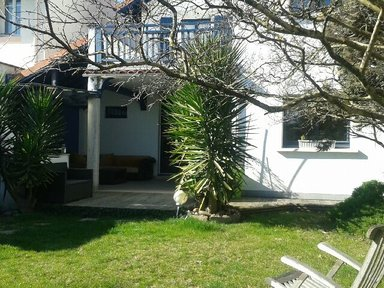 Anglet House close to the beach €220