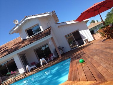 Pers 13 Villa, private pool, 200 m from the beach €400