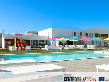 Ride Surf Resort & SPA 102 €