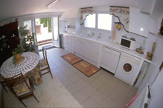 Comfortable apartment for 4 people €105