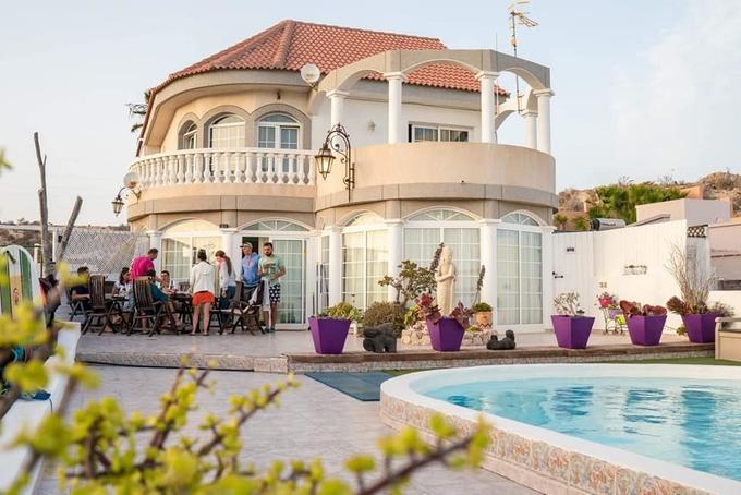 Beverley Hills Surf Villa, près de La Pared 25€