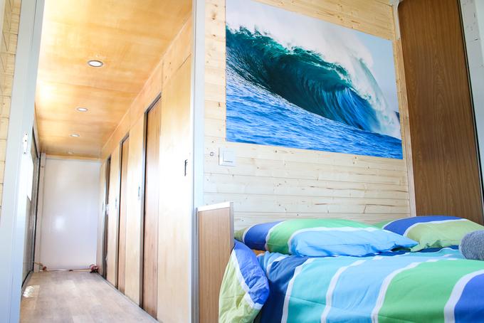 Camion Hôtel Surf - Surf & voyages d'aventure 87€