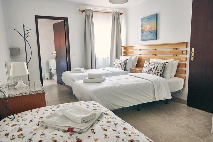 Surf House Helena 25€
